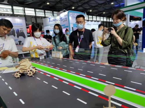 木喔发布拼木智能机器人机甲之芯,科技与创意的结合