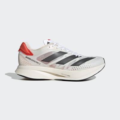 寸步不让——阿迪达斯ADIZERO系列推出多款新跑鞋,期待缔造下一个速度纪录