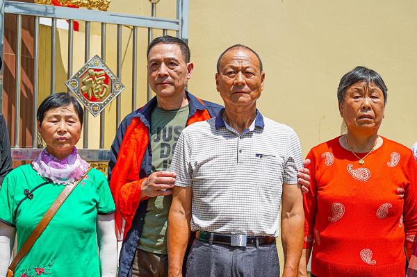 江苏男子幼时被父母送养,苦寻23年后凭一条抖音回家
