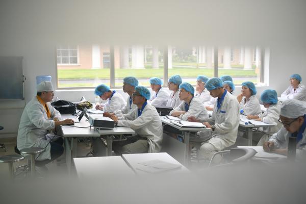 扬子江药业集团:为高质量发展注入强劲的红色动力