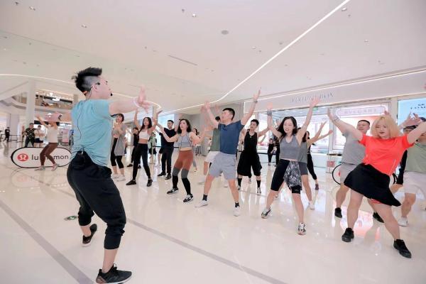 lululemon重庆金沙天街门店正式开业