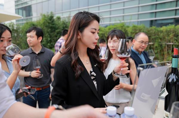 """蒂维妮酒业主办的""""意大利一级庄品鉴会""""在北京完美收官"""