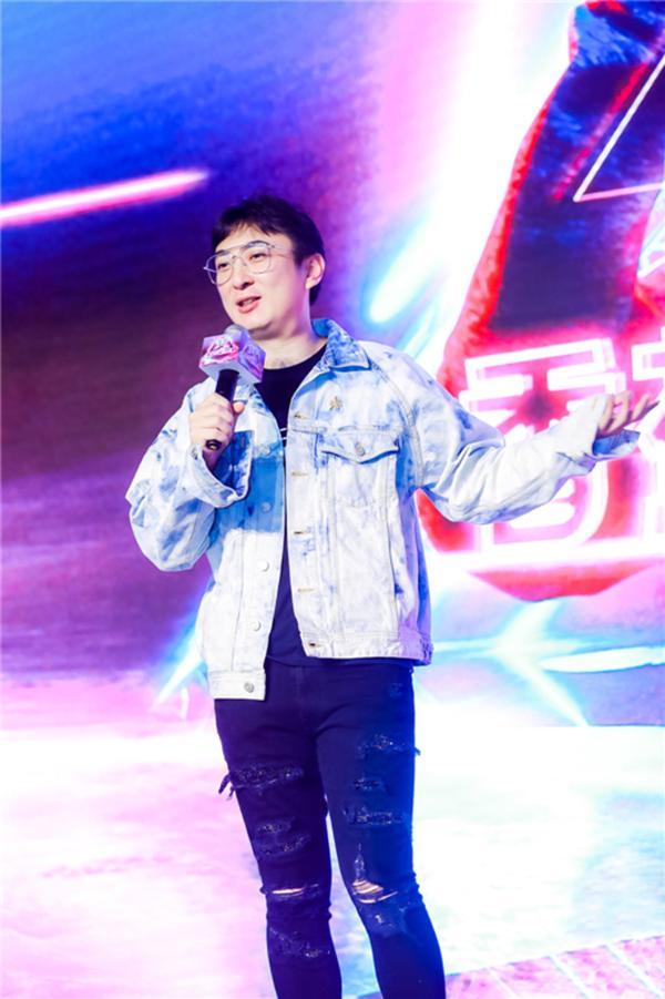 王思聪香蕉影业首部网络电影《厨神下凡》正式定档爱奇艺