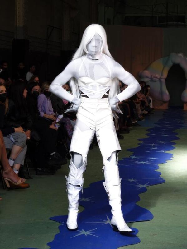 洲升CHAU·RISING X Neith Nyer,通过世界的舞台展现中国原创设计的力量