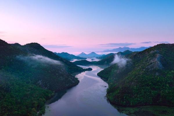 """""""水之源、心之缘"""" 一曲五粮液与长江、唐诗的""""高山流水"""""""