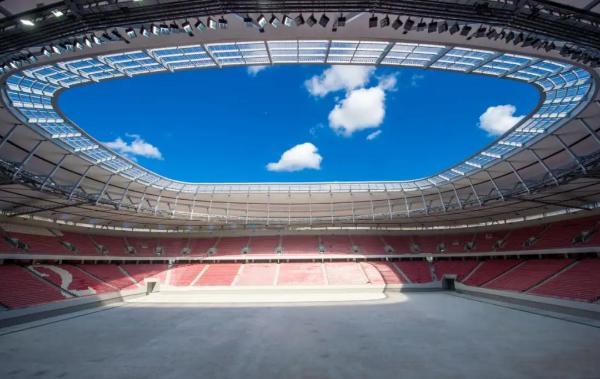 双屏画龙点睛,艾比森助力打造国内首座FIFA标准足球场