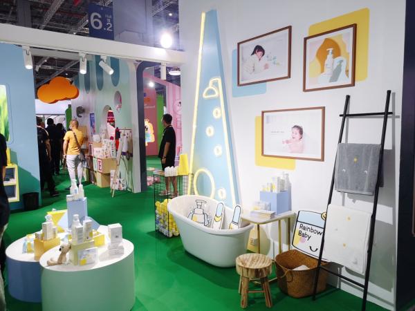 Rainbow baby七色蝌蚪211系列产品开启宝宝精细化护肤之旅