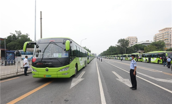 绿色引领新能源亮剑欧晖超千公交服务全国庆典