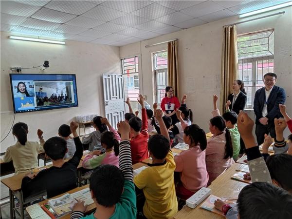 阿卡索积极借助前沿技术,推动科技+素质教育的创新发展