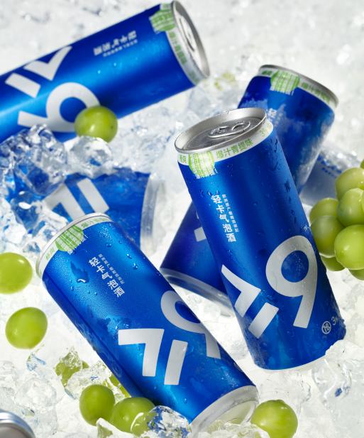 大于等于九轻卡气泡酒,进军成都掀起新型饮酒浪潮