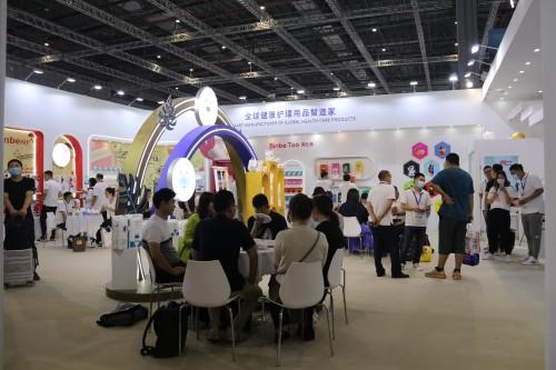 欧比护理亮相第21届CBME孕婴童展,携全新品牌Binbe Too宾比兔上市首发!
