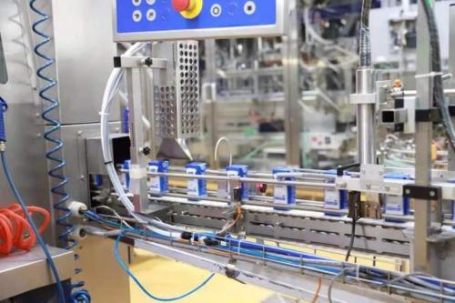 蒙牛乳业曲靖有限公司正式投产 推动当地经济发展