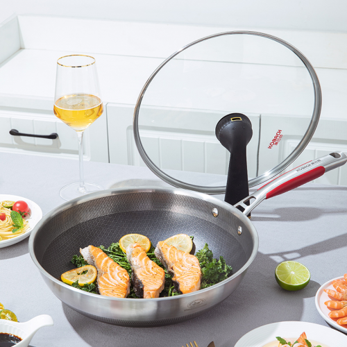 高端厨具品牌康巴赫助阵,新一季《中餐厅》热议不断,狂吸眼球