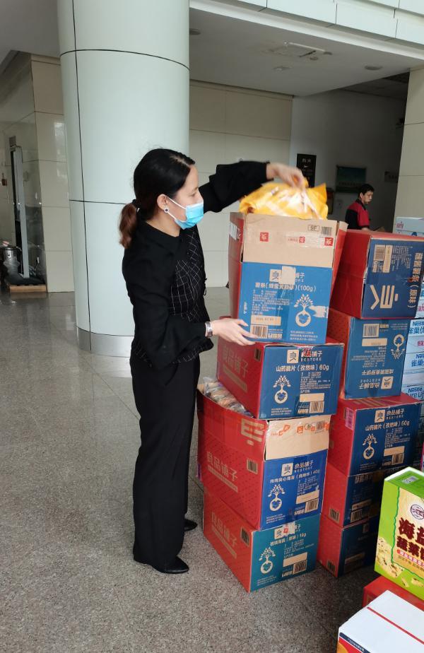 郑州600多名孩子转移后饮食成难题,情急之下武汉企业伸援手