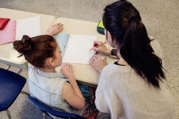栗志教育关注孩子生命价值,为其提供主动探索的时间和空间