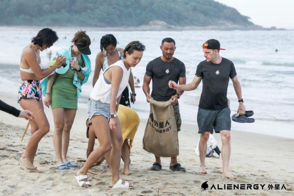 外星人品牌大使集结三亚 玩转冲浪圈层