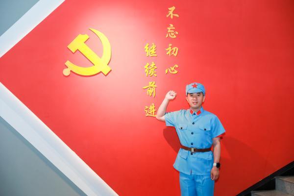 """51Talk:激活""""红色引擎"""" 让党建与企业发展共赢"""