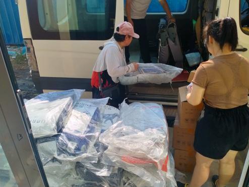 它伴我朝夕与共,我助它度过危难!优朗携手drymax为郑州受灾毛孩捐助物资