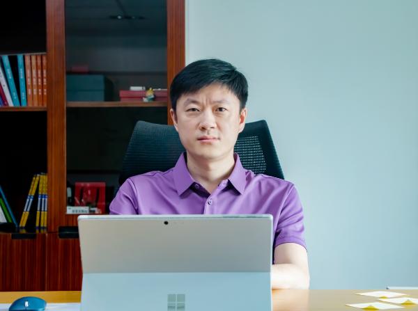 海能达王珂:公民办高校大规模融合 为行业用户创造新价值