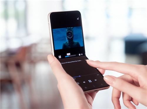 为折叠打造更多可能 三星Galaxy Z Flip3 5G全新来袭