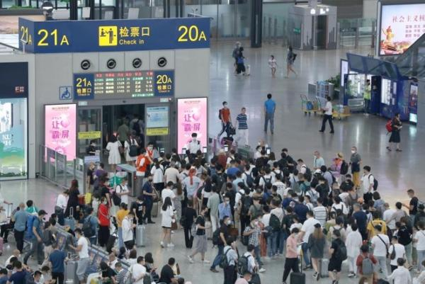 """800平""""裸眼3D""""七夕登陆上海,首位奥特莱斯""""让爱霸屏"""" ——联美集团助力上海建设""""国际消费中心城市"""""""