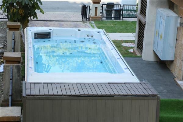 帕纳佳世(iParnassus)邀你一起享受游泳的乐趣,享受健康生活