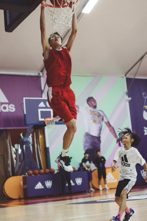 进一步 尽可能 ——2021 阿迪达斯篮球训练营暨破限挑战总决赛