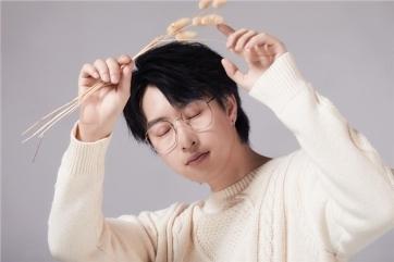 《怎叹》原唱郑鱼央广直播首秀 最新《盼君折枝》曲段唤你来听