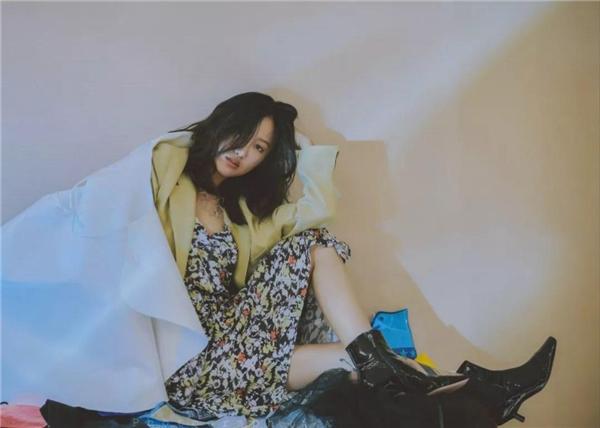 陈粒新专《悠长假期》酷狗开售,用歌声传递她的生活哲学