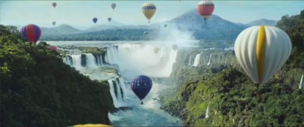 Perrier巴黎水全球广告大片来袭,激活夏日渴望,一起可劲造!