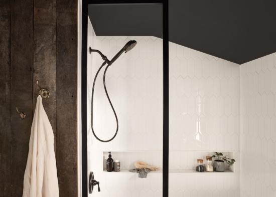 花洒什么牌子好?搭载多项科技的摩恩花洒带来沐浴好享受