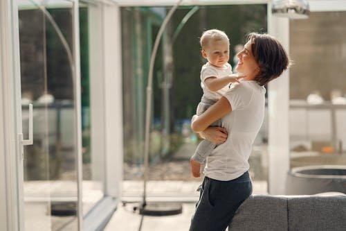 连获3大行业奖项!圣元优博为母婴健康水平发展助力