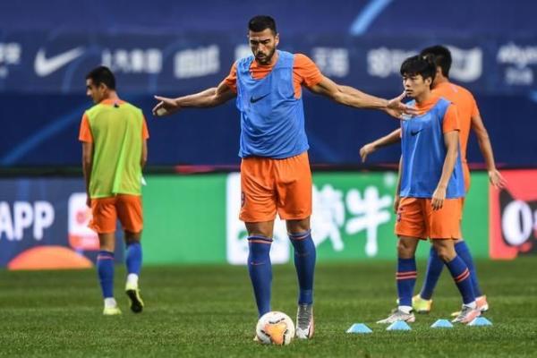 中超A组12轮比赛:榜首的山东泰山对阵第三名,为保级而战的深圳队实力有多强?