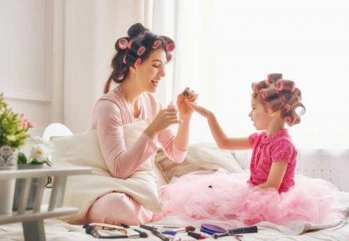 95后新妈妈呈现全新面貌,Momself:成为妈妈,先成为自己