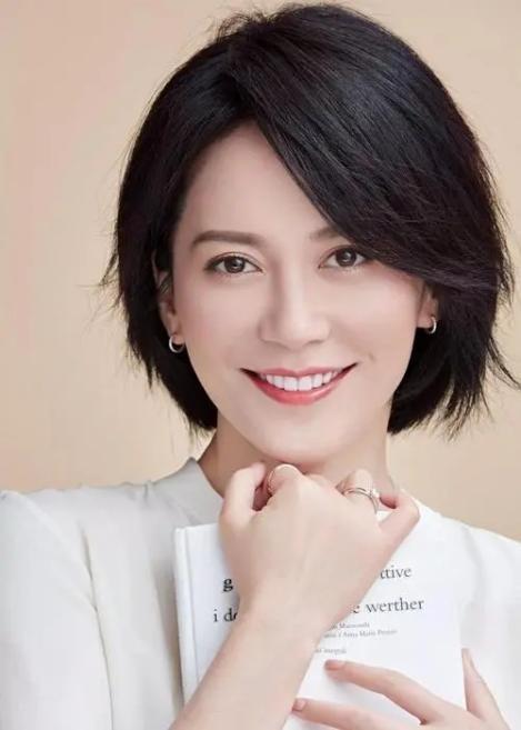 娱乐圈5位单身贵族 张韶涵再战歌坛似少女,伊丽媛低调不炒作靠实力说话