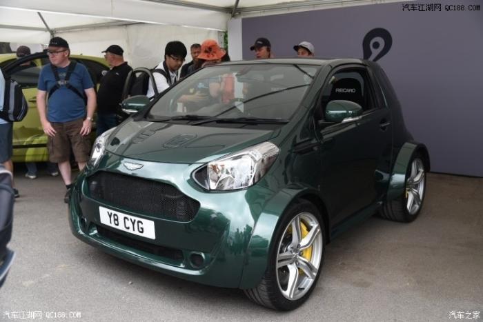 新车是阿斯顿马丁于2009年基于丰田iq打造的一款双门微型车,其可爱