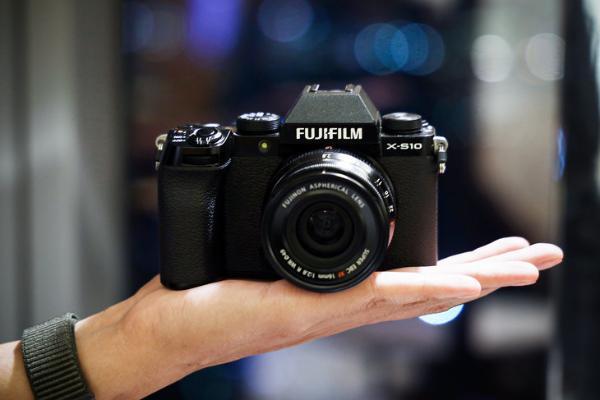 为什么适合vlog拍摄?富士X-S10无反相机给你这几个理由