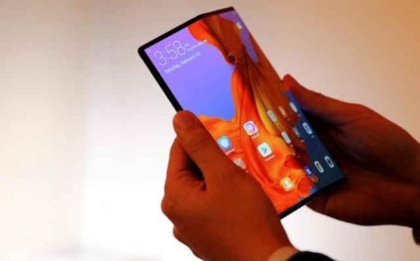 小米首款折叠手机今年上市:屏幕由华星光电供货