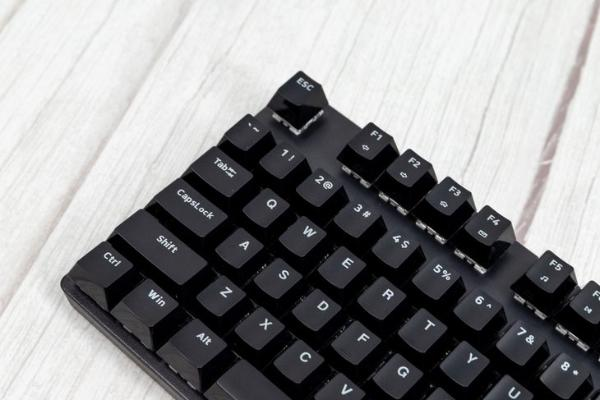 雷柏V500 Pro评测: 入门无线机械键盘理想之选