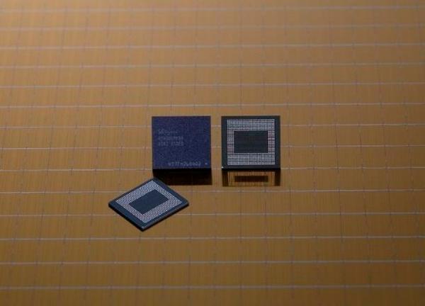 SK海力士宣布将大规模量产18GB手机RAM芯片