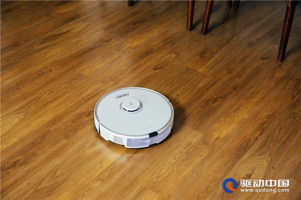 自动升降黑科技,石头扫拖机器人T7S Plus解决地毯清洁难题