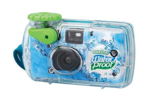 电影复兴还是小打小闹?富士恢复生产水下一次性胶片相机