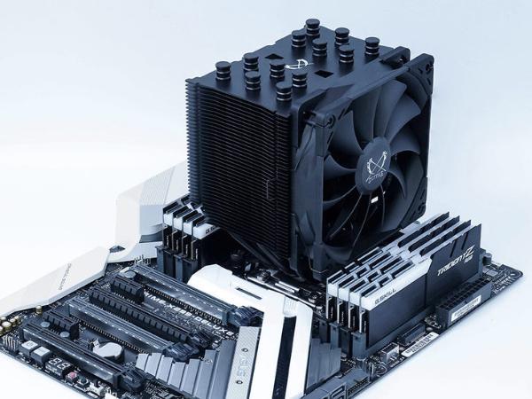 炫黑涂装!镰刀发布新款CPU散热器