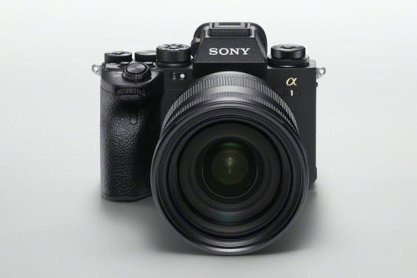 一亿像素富士GFX100S领衔 春季热门数码相机就选这几款