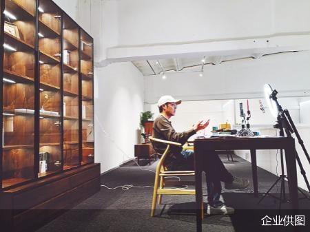 抖音网红上淘宝卖家具 店铺年销售额近七千万