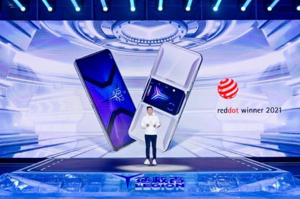 3699元起 拯救者电竞手机2 Pro正式发布