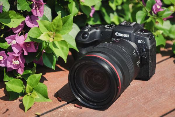 要高画质还是高性能?万元内预算买什么相机最合适