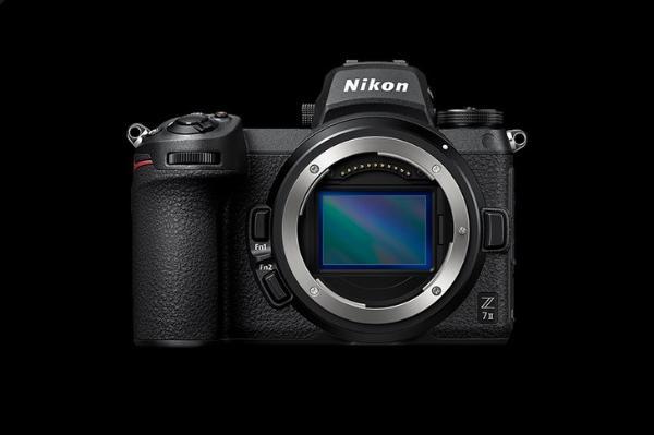 "PetaPixel发布尼康Z 7Ⅱ评测: ""2021年最佳专业微单相机"""