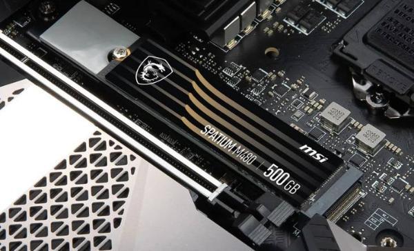 速度最高7G/s,微星发布三款黑竞系列NVMe固态硬盘