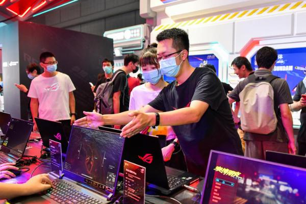 全系搭载NVIDIA显卡 华硕强力机型带来震撼游戏体验